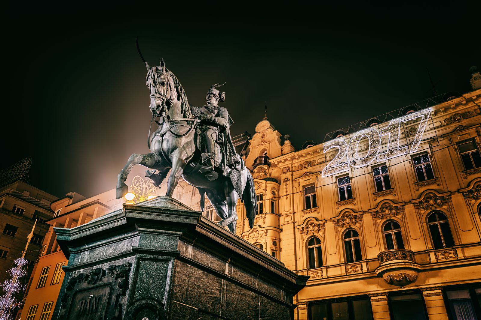 2021/01/Advent-Zagreb-9.jpg
